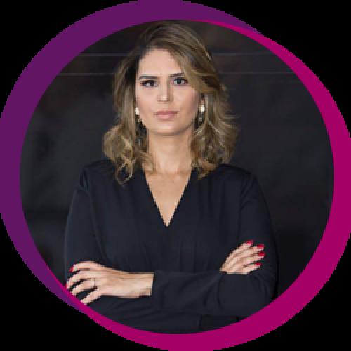 Flávia Fidelis